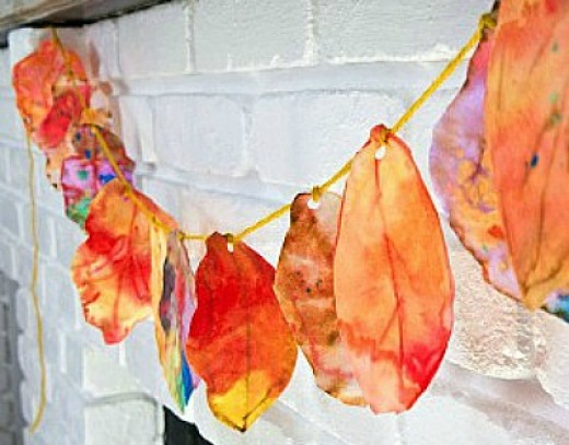 DIY: Φτιάχνω φθινοπωρινά φύλλα και κάνω μια όμορφη γιρλάντα!