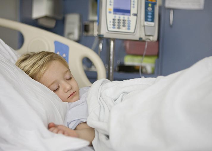 Στην εντατική νοσηλεύονται δύο παιδιά με σοβαρότατες επιπλοκές από την ιλαρά – 350.000 παιδιά ανεμβολίαστα