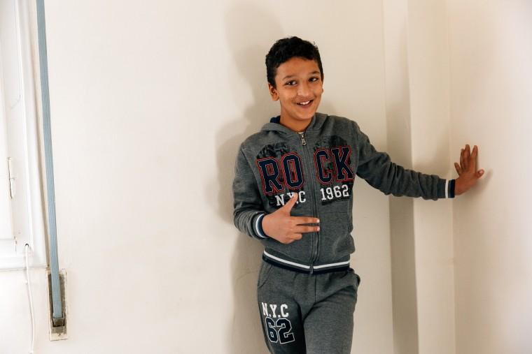 Γνωρίστε τον 11χρονο Αμίρ, το προσφυγόπουλο που θα είναι σημαιοφόρος στην παρέλαση της 28ης Οκτωβρίου