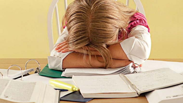 Το παιδί μου αρνείται να κάνει τα μαθήματά του: Τι να κάνω ...