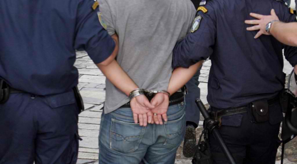 Εξαρθρώθηκε εγκληματική ομάδα που διακινούσε ναρκωτικά σε μαθητές Γυμνασίων και Λυκείων