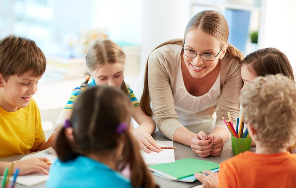Αυτά είναι τα σχολεία που θα αποκτήσουν κοινωνικό λειτουργό από τη φετινή σχολική χρονιά