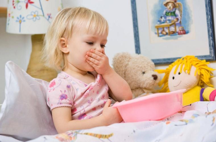 Σαλμονέλα: Πώς θα καταλάβετε ότι μολυνθήκατε εσείς ή το παιδί