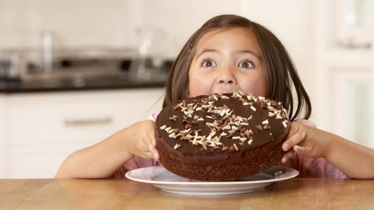 Μέχρι πόσα γλυκά επιτρέπεται να φάει ένα παιδί τα Χριστούγεννα;