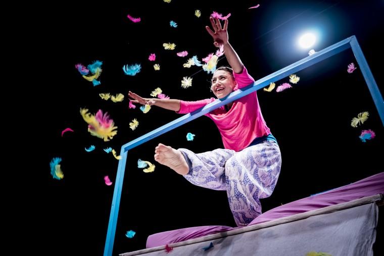 «Κοίτα»: Διπλές παραστάσεις για την πιο επιτυχημένη βρεφική παράσταση της χρονιάς!