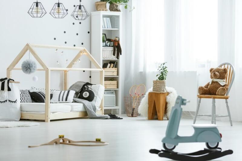 Έξυπνοι και στιλάτοι τρόποι να οργανώσετε τα πολλά παιχνίδια του παιδιού σας