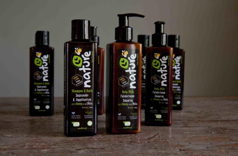 Κερδίστε 2 σετ φυσικών προϊόντων φροντίδας μαλλιών και περιποίησης σώματος για βρέφη και παιδιά Nature από την Nature Hellas Care Products