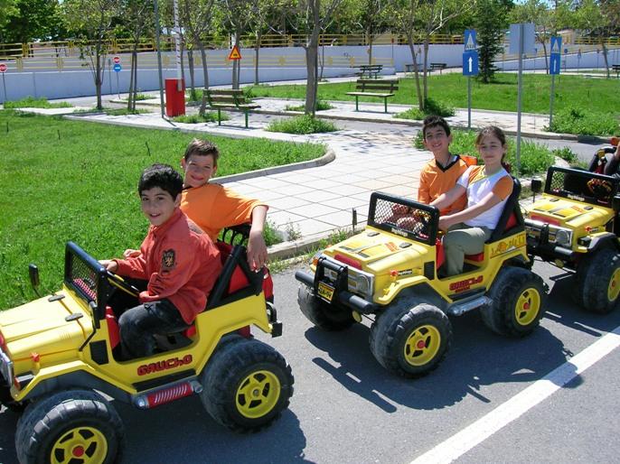 6 πάρκα κυκλοφοριακής αγωγής για να μάθουν τα παιδιά τα μυστικά της ασφάλειας στο δρόμο