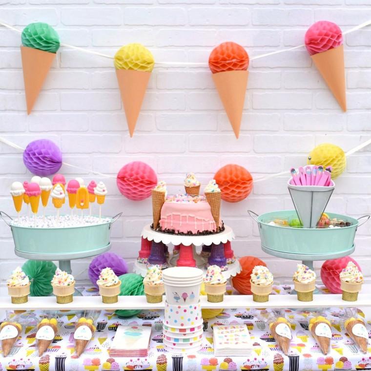 Πώς να ετοιμάσετε για το παιδί το τέλειο καλοκαιρινό παγωτο-πάρτι!