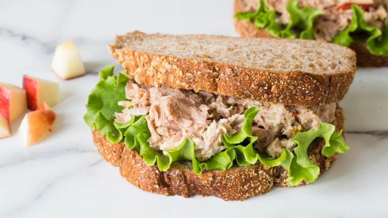 6 πρωτότυπα τοστ και σάντουιτς για το πιο νόστιμο ταπεράκι της παραλίας
