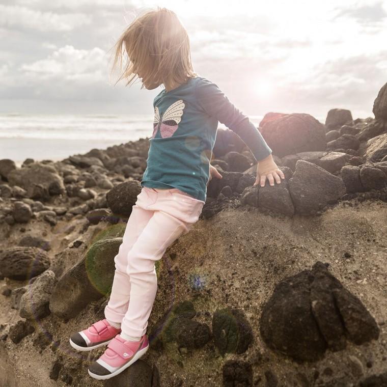 Bobux: Γνωρίστε τα βραβευμένα παιδικά παπούτσια που αγαπούν να φορούν όλα τα πιτσιρίκια