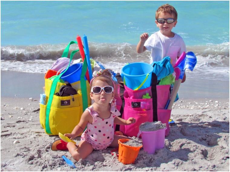 Τα 5 πράγματα που δεν πρέπει να λείπουν από την οικογενειακή τσάντα θαλάσσης