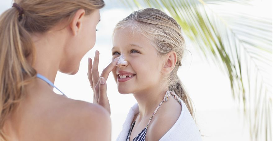 Bepanthol® Sun: Αγκαλιάστε τον ήλιο με ασπίδα τριπλής δράσης