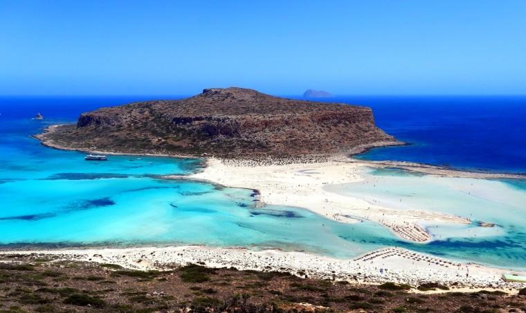 Απολαύστε τις 10 πιο ιδιαίτερες παραλίες της χώρας μας!
