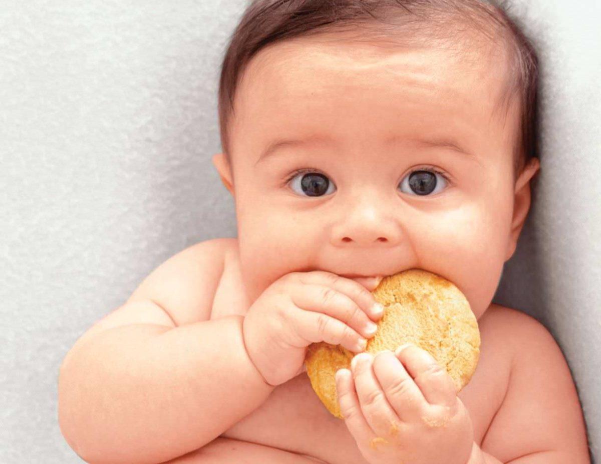 """""""Τι σνακ μπορώ να δώσω στο 8 μηνών μωράκι μου;"""""""