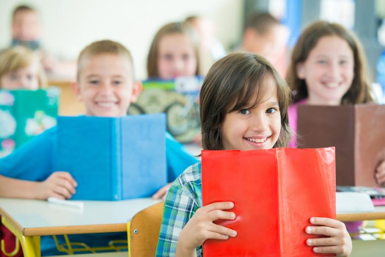 Γαβρόγλου: Εξετάζεται η αλλαγή ώρας έναρξης των μαθημάτων στα σχολεία – Δείτε τι ώρα θα ξεκινάνε