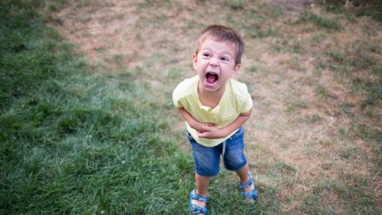 Μια άβολη και δυσάρεστη κατάσταση για τους γονείς είναι εκείνη που το παιδί  τους φωνάζει 2229bcd92a1