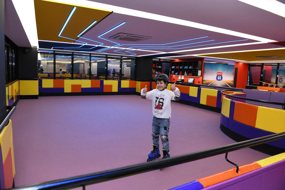 Fundom: Ανακαλύψαμε έναν γιγαντιαίο και άκρως εντυπωσιακό πολυχώρο για την ψυχαγωγία όλης της οικογένειας