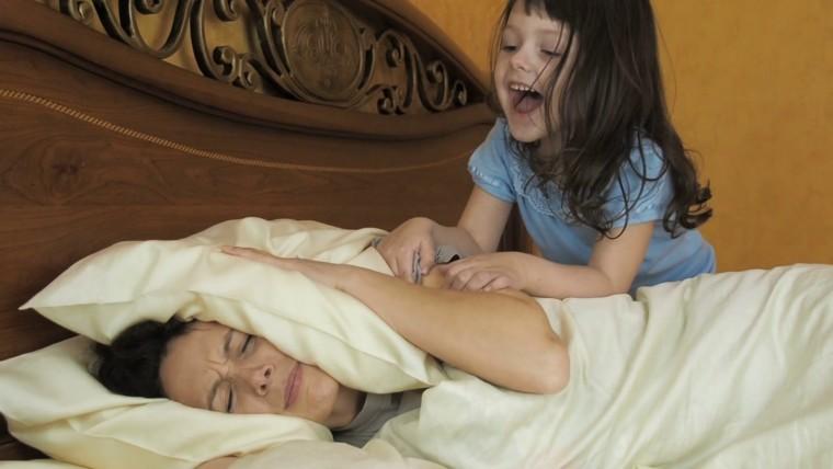 10 συμβουλές για τις μαμάδες που… δεν είναι πρωινοί τύποι!