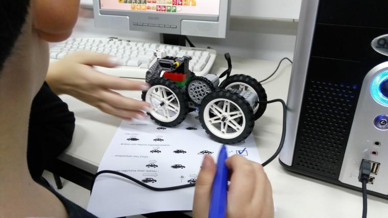 Ένα παιδί κερδίζει μια υποτροφία Εκπαιδευτικής Ρομποτικής στην Ακαδημία Ρομποτικής του Πολιτιστικού Πάρκου Λυκαβηττού