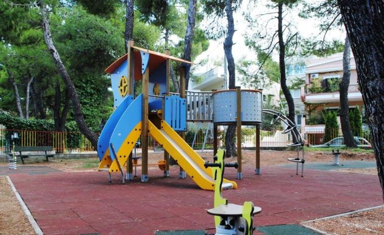 Σε αυτές τις παιδικές χαρές τα παιδιά σας θα παίξουν σε ένα απόλυτα ασφαλές περιβάλλον!