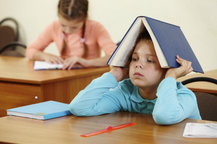 «Ειδικές μαθησιακές δυσκολίες: Όσα πρέπει να ξέρουν οι γονείς»: Δωρεάν σεμινάριο στα Public Συντάγματος