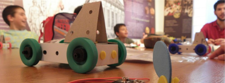 5 ξεχωριστοί χώροι για να παρακολουθήσει το παιδί μαθήματα STEM και ρομποτικής
