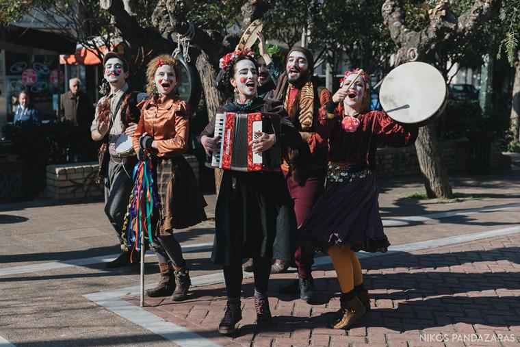 Τσικνοπέμπτη στην Αθήνα: Μουσική, χορός και παράδοση στο κέντρο της πόλης!