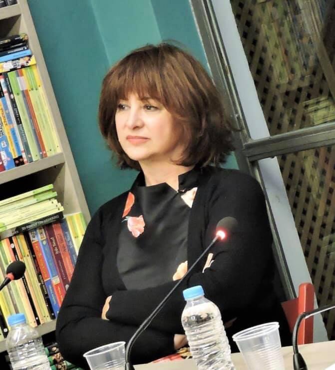 Η ζούγκλα του μαυροπίνακα: Η Μαρία Χούκλη γράφει για την σεξουαλική κακοποίηση του 12χρονου από συμμαθητές του