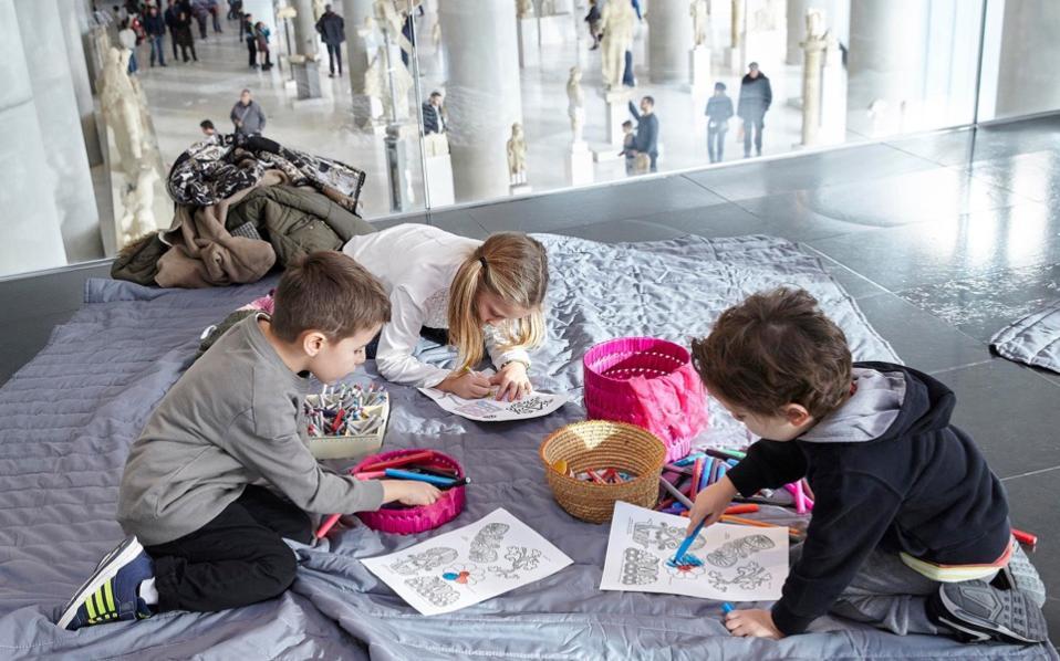 Η πολιτιστική καλλιέργεια των παιδιών μας στα χρόνια της κρίσης: Προβληματίζει η έρευνα που μόλις δημοσίευσε το ΕΚΠΑ