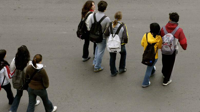 Θύματα απάτης μαθητές σε εκδρομή στο εξωτερικό: Η σωτήρια επέμβαση του Υπουργείου Παιδείας