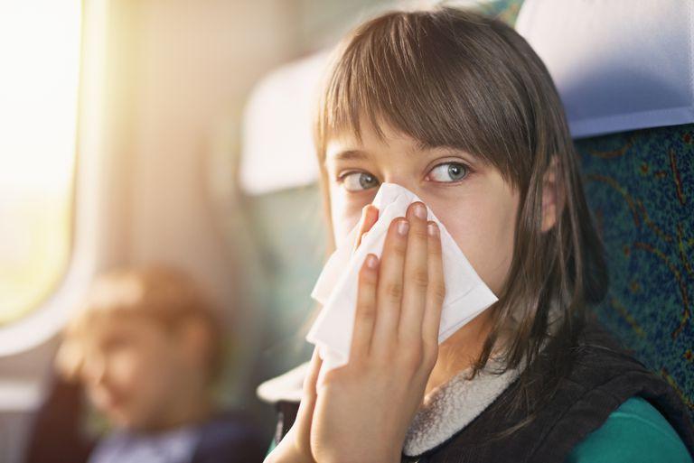 ΕΟΦ: Ανακαλείται γνωστό ρινικό διάλυμα για τη βουλωμένη μύτη