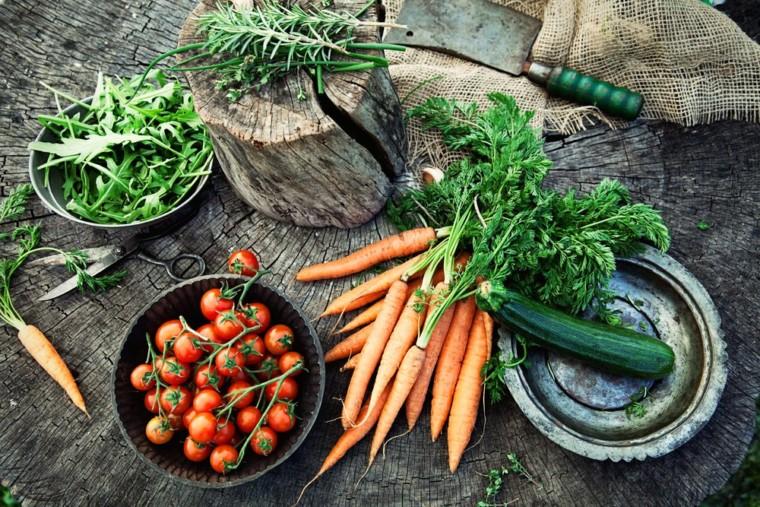 Διατροφικό σκάνδαλο: Καταναλώνουμε βιολογικά φρούτα και λαχανικά που είναι άκρως επικίνδυνα για την υγεία μας