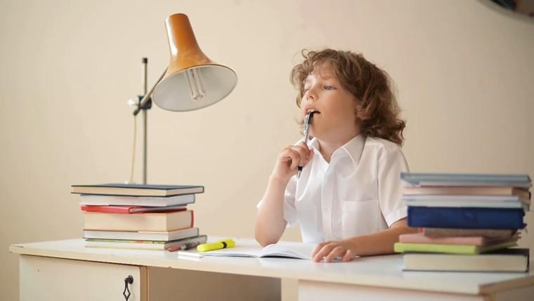 9 τρόποι για να μάθει το παιδί σας πιο εύκολα το μάθημα της Ιστορίας
