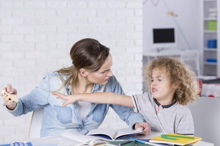 Στα παιδιά με ΔΕΠΥ ανοίγουμε την αγκαλιά μας και λέμε «ΔΕΠΥράζει»