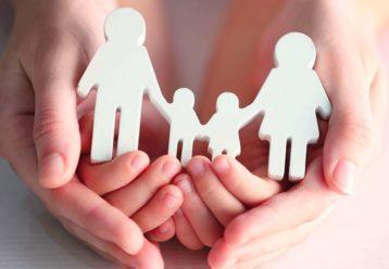 Image result for Θέλετε να γίνετε ανάδοχοι γονείς; Οι προϋποθέσεις