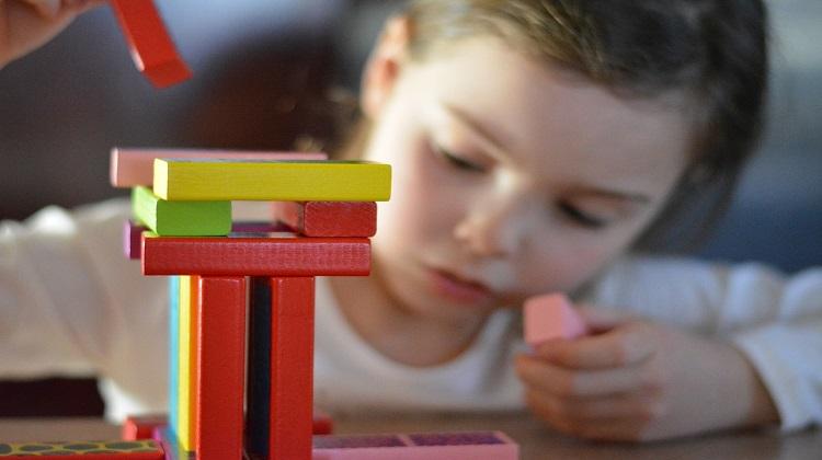 Πόσο συγκεντρωμένο πρέπει να είναι το παιδί που ΔΕΝ έχει ΔΕΠ-Υ; |  Infokids.gr