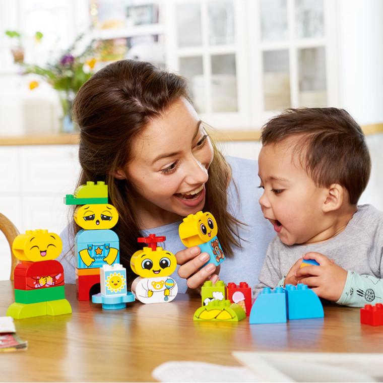 5 εκπληκτικοί τρόποι που το παιδί σας μαθαίνει μέσα από το παιχνίδι χωρίς κανόνες