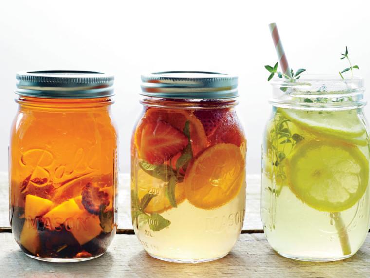 5 παγωμένα ροφήματα με βότανα για να δροσίσετε τα παιδιά σας γευστικά και υγιεινά!