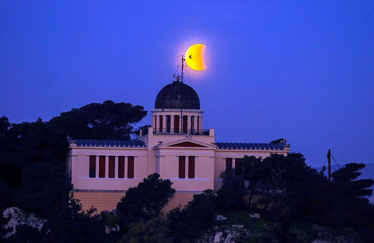 Βόλτα στ' αστέρια: Απολαμβάνουμε οικογενειακώς όλο τον Ιούλιο βραδινές ξεναγήσεις στο Αστεροσκοπείο Θησείου και Πεντέλης
