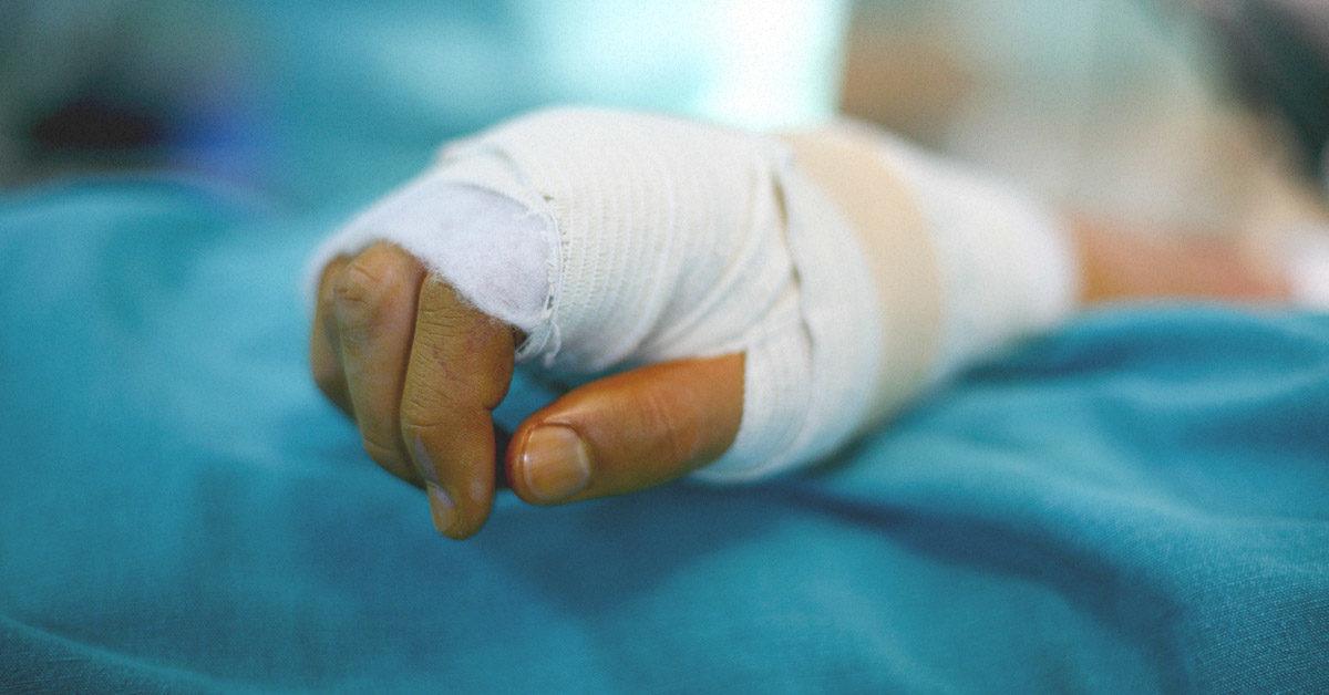 Θεσσαλονίκη: 15χρονος επανάκτησε τα δάχτυλά του χάρη στη σωτήρια παρέμβαση των γιατρών