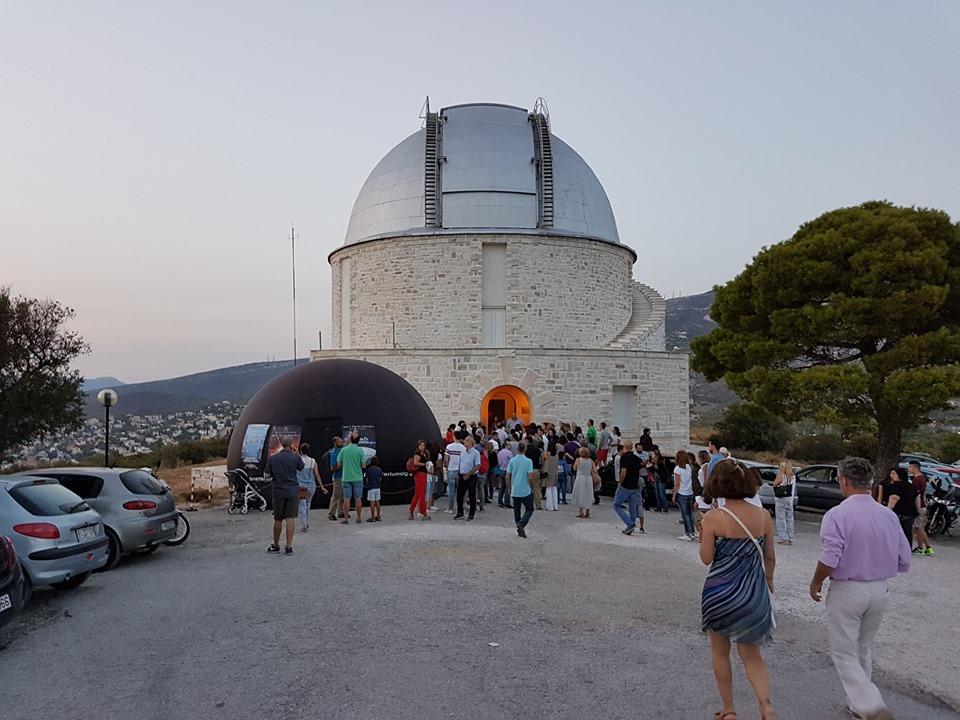 Τα βράδια του Αυγούστου δίνουμε το παρών στις ξεναγήσεις του Αστεροσκοπείου Θησείου και Πεντέλης