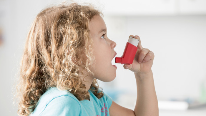 Παιδικό άσθμα: Ένα στα τρία περιστατικά αποδίδεται στη ρύπανση του αέρα