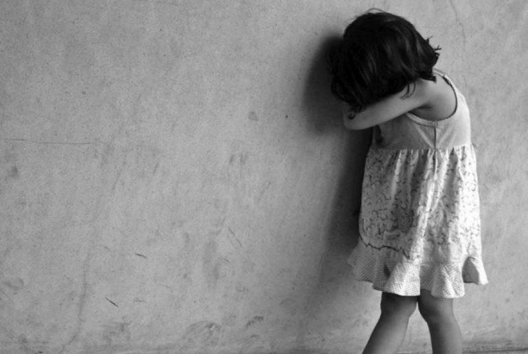 Κρήτη: Εκμεταλλευόταν σεξουαλικά την 6χρονη κόρη της συντρόφου του