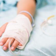 """Αισιόδοξοι οι γιατροί του 6χρονου Φώτη: """"Αυξάνονται οι πιθανότητες να επιστρέψει απόλυτα υγιής"""""""