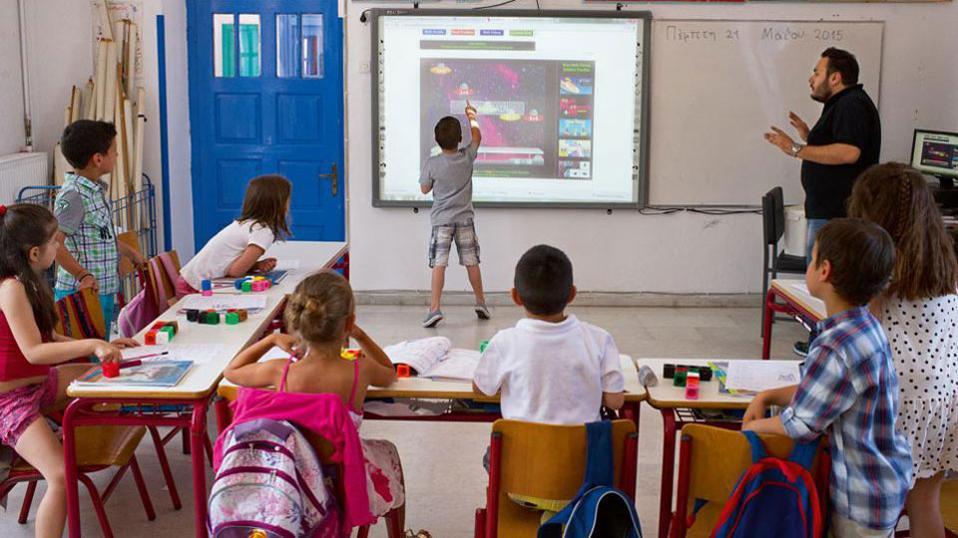 Νίκη Κεραμέως: Βασική μας επιδίωξη είναι η απελευθέρωση του σχολείου από τα ασφυκτικά δεσμά του Υπουργείου Παιδείας