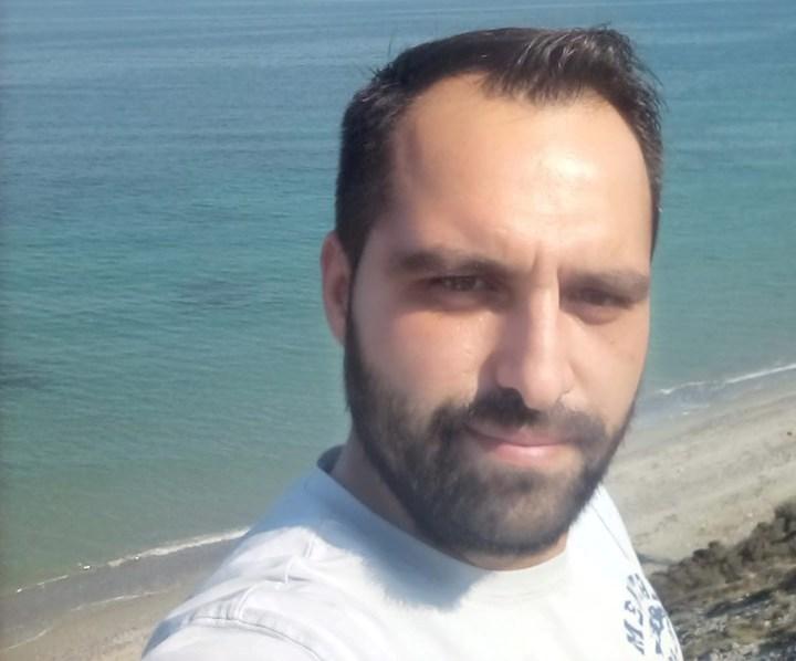 Η αληθινή ιστορία του 31χρονου Χάρη που έγινε δότης μυελού των οστών για 10χρονο Ελληνόπουλο