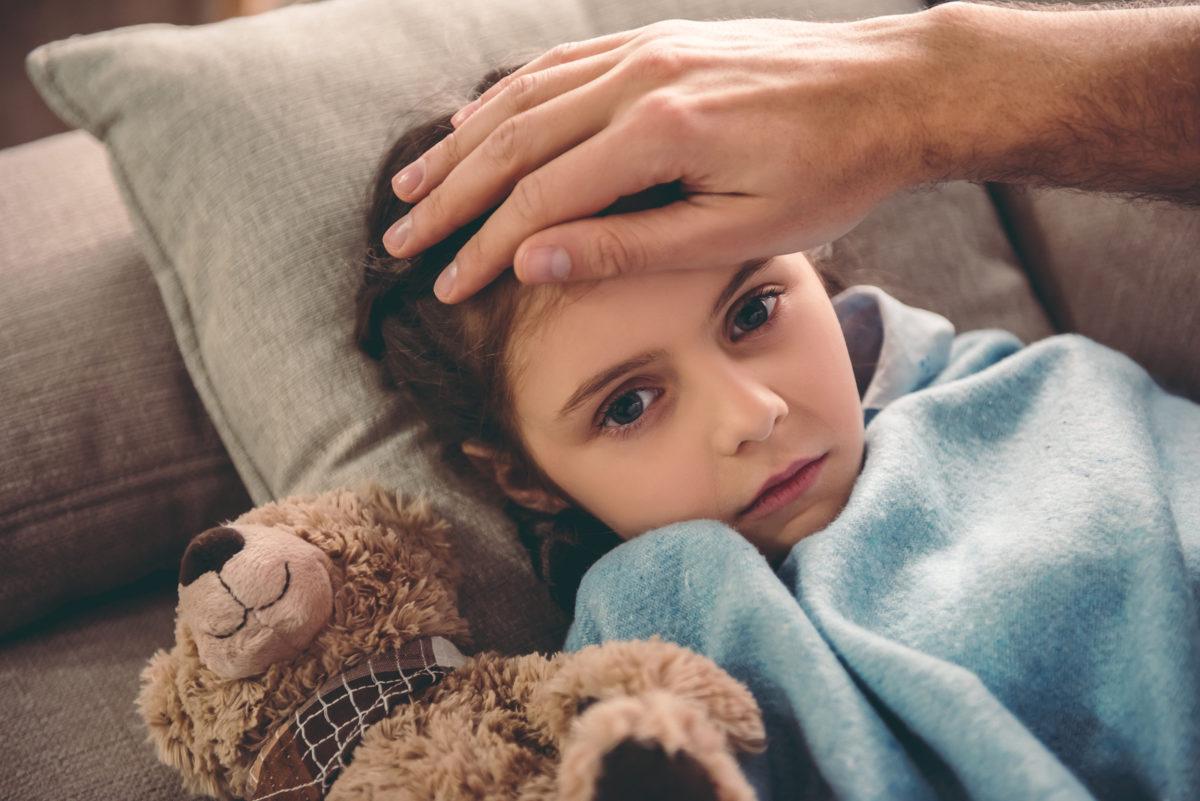 Γρίπη: Σωστή πρόληψη και επιτυχής αντιμετώπιση για να μην κινδυνεύσει το παιδί