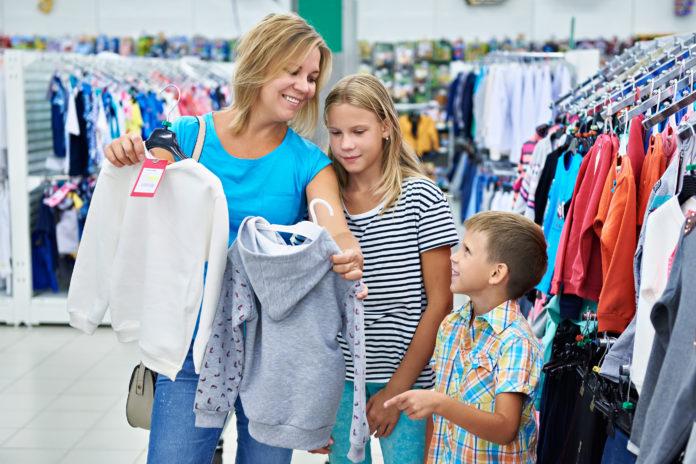 3 bazaar με ρούχα και αξεσουάρ για σένα και τα παιδιά σου!