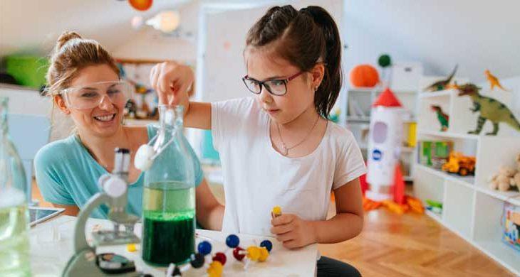 Έτσι θα γνωρίσει και θα αγαπήσει το παιδί σας τις θετικές επιστήμες